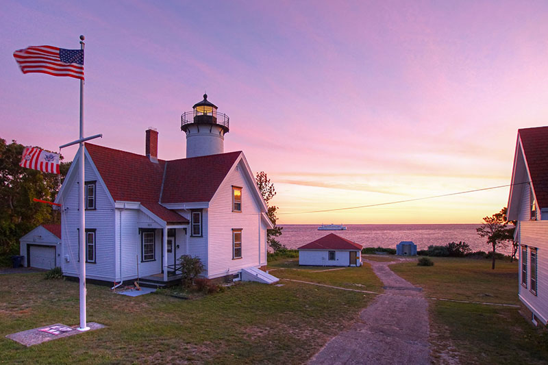The Home Buyer's Guide to Vineyard Haven